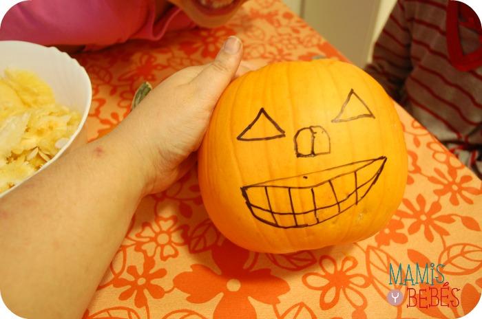 Como hacer calabaza de Halloween 04