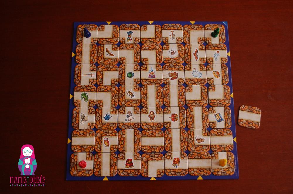 Tablero juego de mesa laberinto