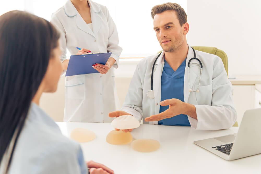 Prótesis aumento de senos