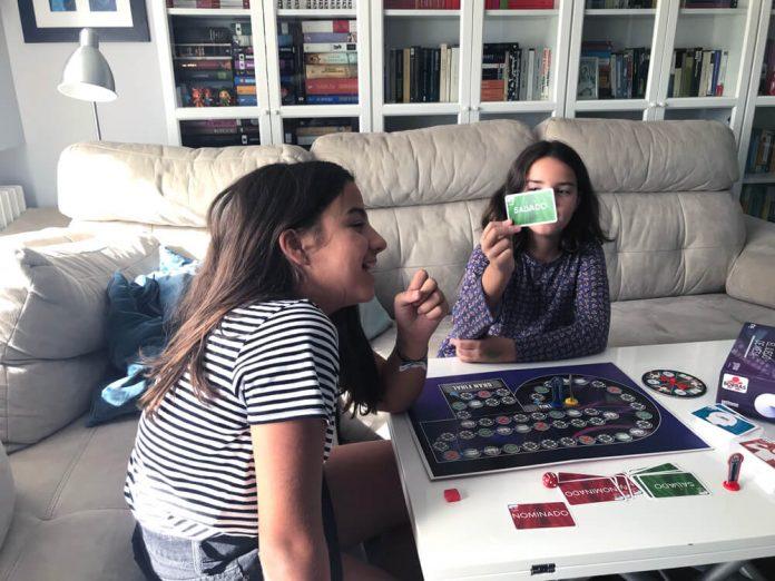 Jugando juego OT