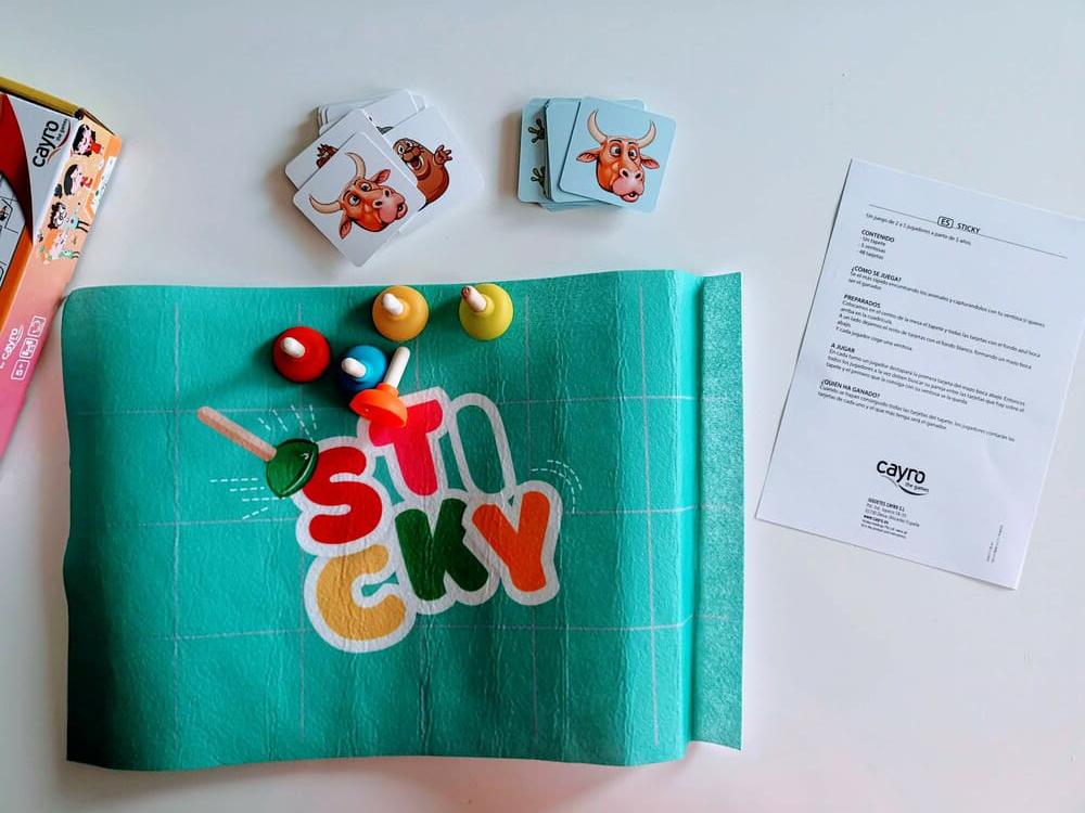 Stiky Cayro Games contenido